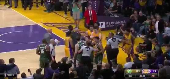 Lakers-bucks-fight