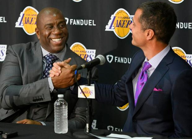 Magic-johnson-rob-pelinka