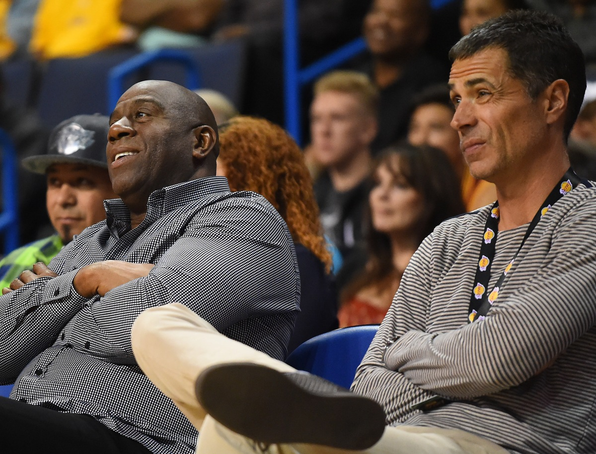 Magic-johnson-rob-pelinka1